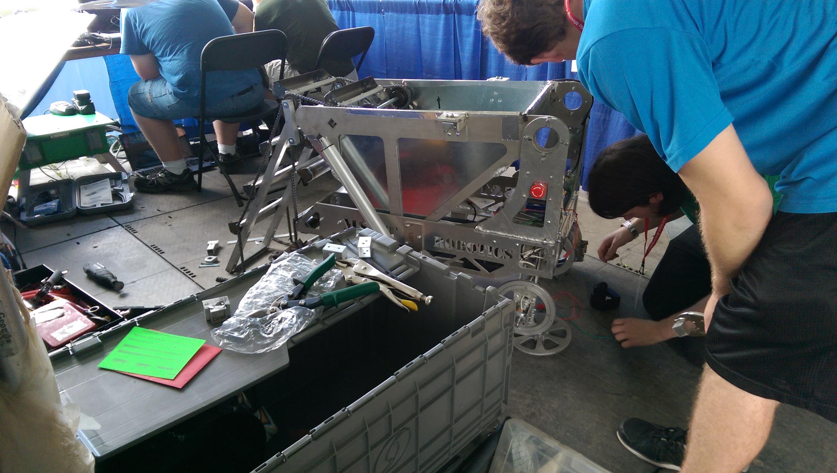 NASA Robotic Mining Competition 2015